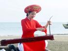 广西东兴市保护传承优秀传统文化——独弦琴 众人弹琴